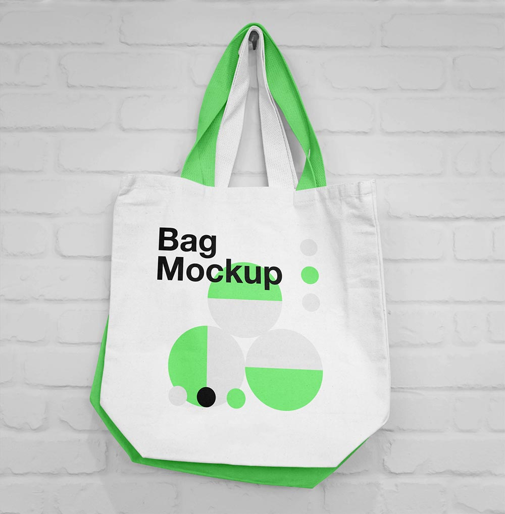 Hanging-Canvas-Bag-Mockup