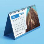 Free Desk Calendar PSD Mockup