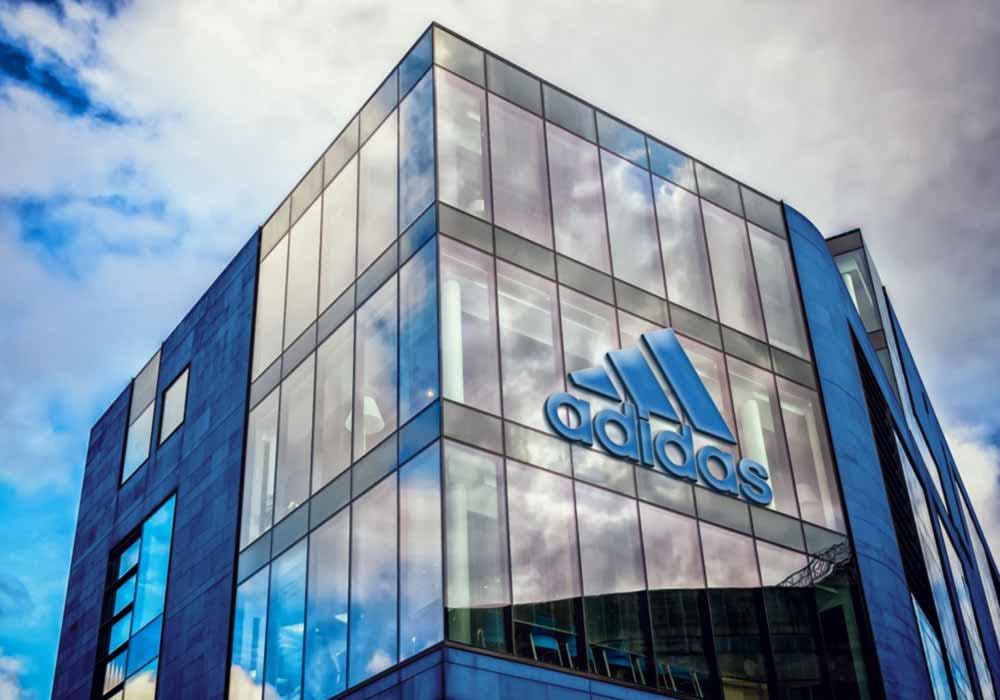 Realistic-Building-3D-Logo-Mockup-1