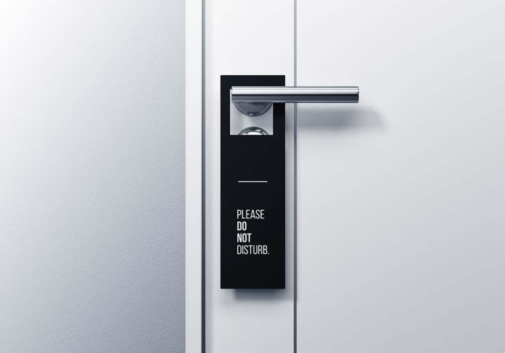 Minimal-Door-Hanger-Mockup