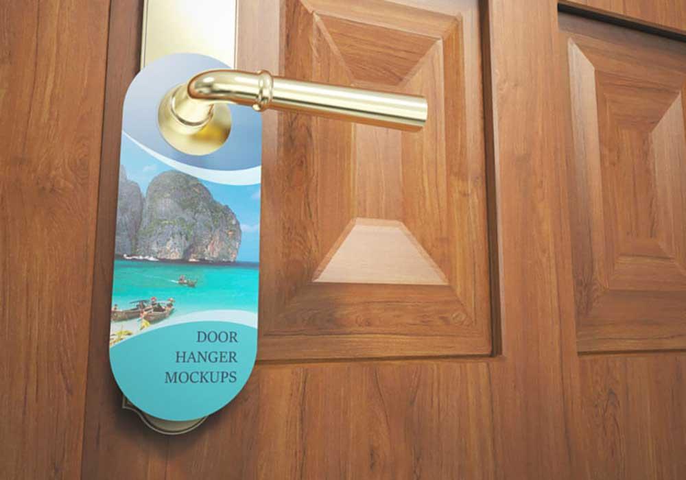 Rounded-Corners-Door-Hanger-Mockup